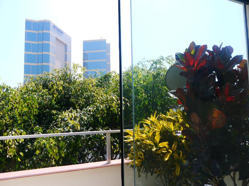 View from Bedroom # 2 - MIRAFLORES 2 BEDROOM APARTMENT - Lima - rentals