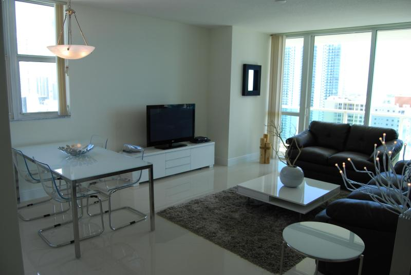 living area - Brickell Downtown Luxury Property A+ - Miami - rentals