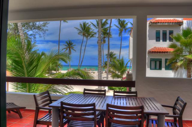 Terrace looking the beach - Stanza Mare 3 Bedroom Oceanfront Apartment L201 - Punta Cana - rentals