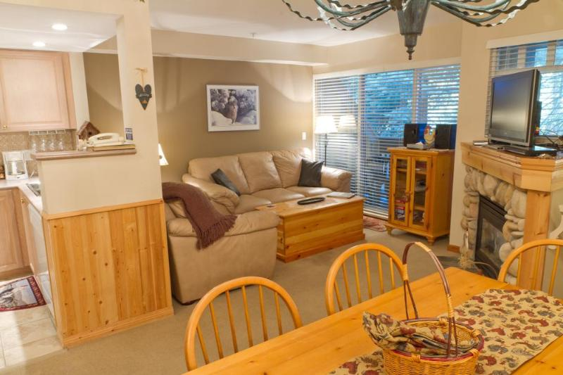 Beautiful leather sofa and love seat, large flat screen TV, private deck with BBQ - Lagoons 3 a pet-friendly 2 bdrm & private hot tub - Whistler - rentals