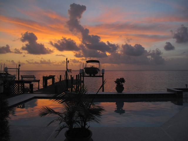 Waterfront Back Yard! - A Piece of Heaven -On the Gulf of Mexico - Clearwater Beach - rentals