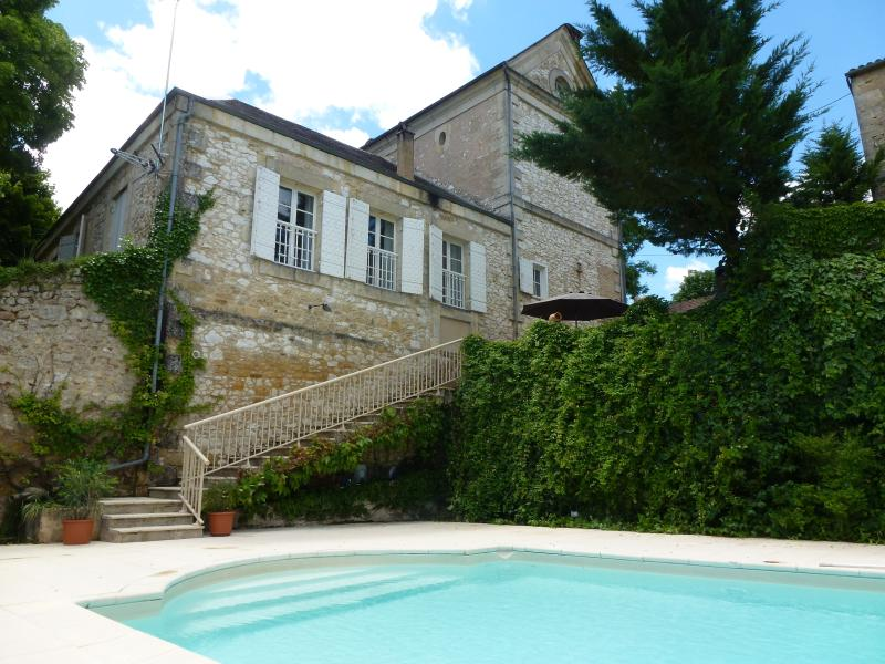 In the heart of a historic village villa with private salt water pool - Image 1 - Beaumont-du-Perigord - rentals