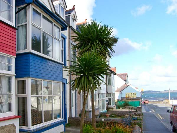 BEACHGETAWAY, pet friendly, luxury holiday cottage, with a hot tub in Rhosneigr, Ref 19193 - Image 1 - Rhosneigr - rentals