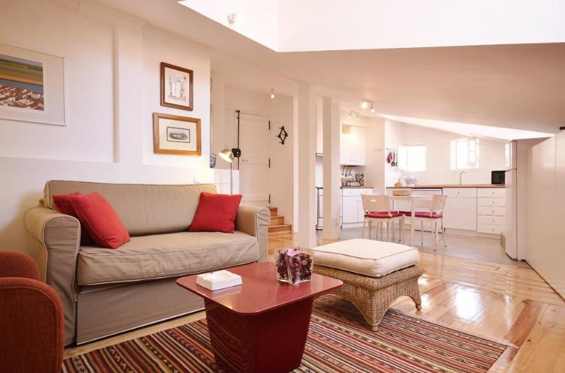 Stylish apartment inside the Castle walls - Image 1 - Lisbon - rentals