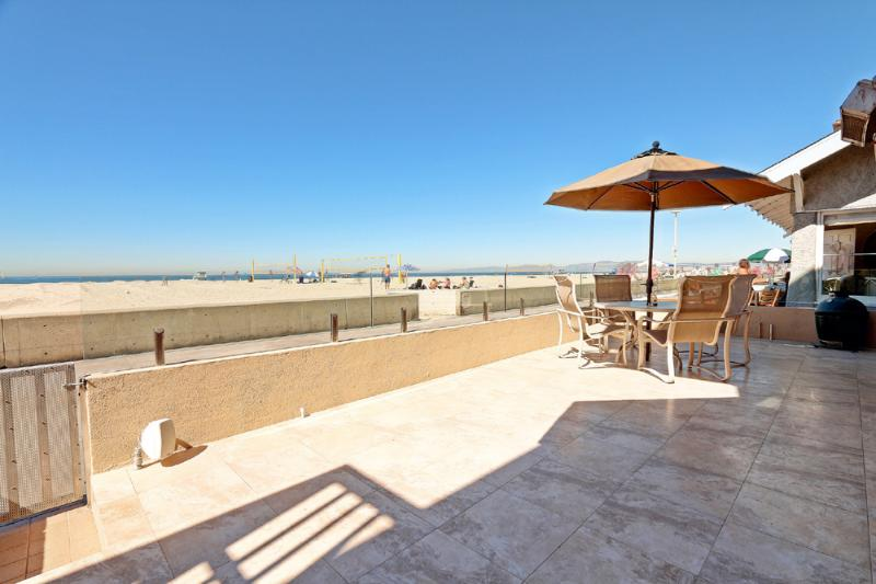 Ocean Front Property On The Strand - Image 1 - Hermosa Beach - rentals