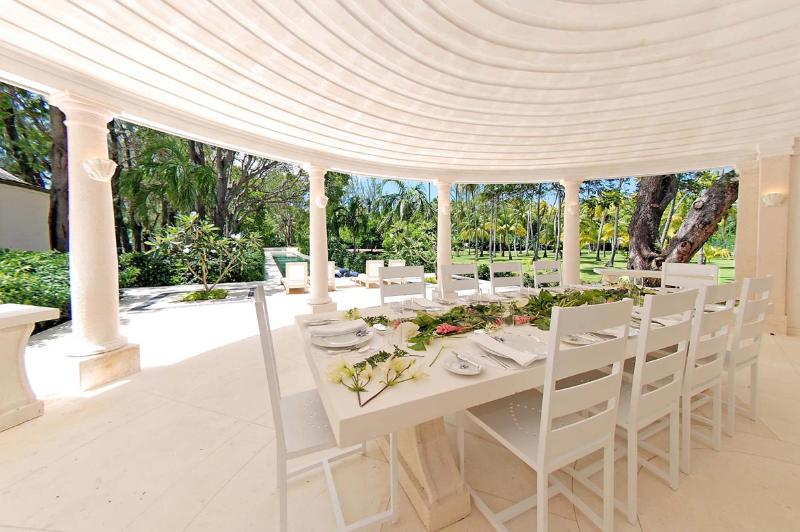 Fine Outdoor Dining - Pink Cottage: Chic Estate Villa - Saint James - rentals