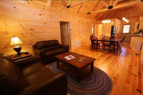 Plenty of room to enjoy your family gathering - Beryl Wood-Tube  the Broad River with Outfitter - Sapphire - rentals