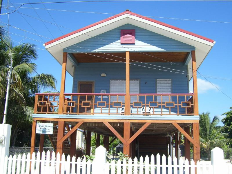 Villa Hermosa - available as a 1 or 2 bedroom - Image 1 - Caye Caulker - rentals
