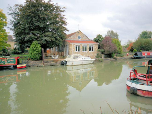 View towards the property - WSIDE - Wiltshire - rentals