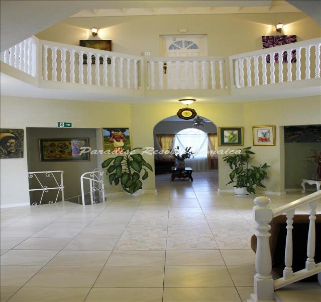 PARADISE RGH - 83495 - PEACEFUL   FAMILY GUESTHOUSE WITH POOL - FALMOUTH - Image 1 - Falmouth - rentals