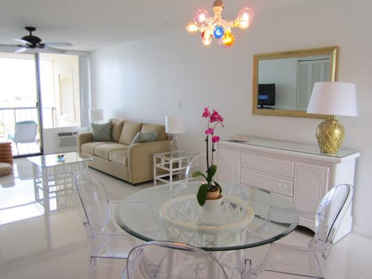 Unwind by watching your favorite show on a 32in flat screen tv with over 140 satellite channels - SAPPHIRE VILLAGE EAST END ST. THOMAS OCTOBER SALE! - Saint Thomas - rentals