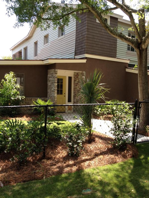 Newly renovated apartment - Cozy 1 bedroom apartment, just steps to the beach - Folly Beach - rentals
