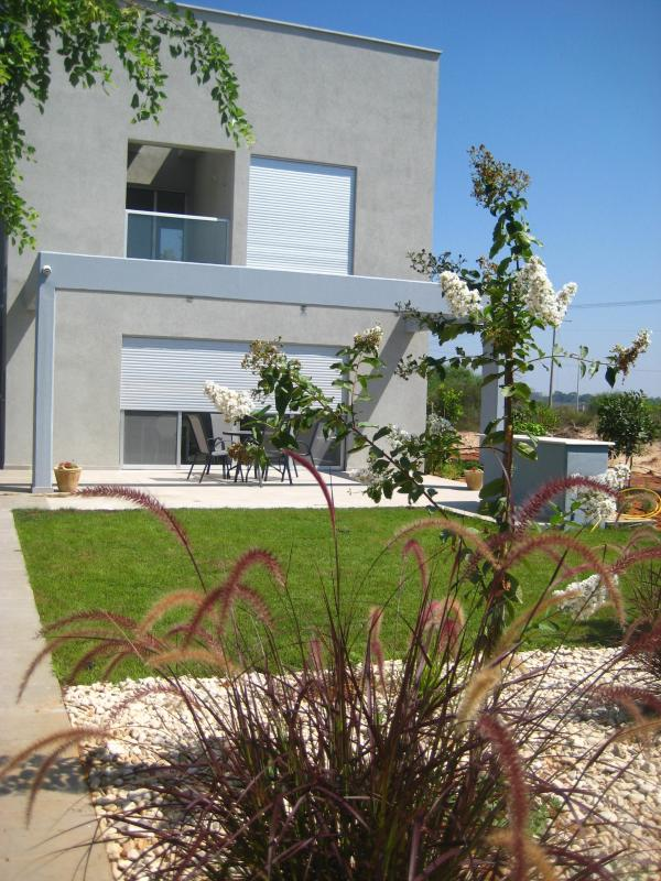 Sea Breeze - a home away from home - Sea Breeze - a private getaway by the sea,  Israel - Caesarea - rentals