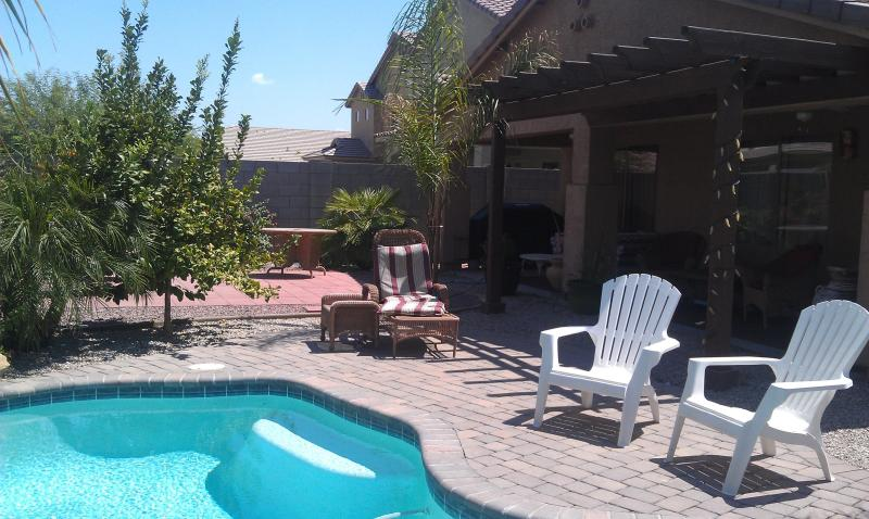 Sparkling Backyard Heated Pool - Escape Winter in AZ -4 bdm+HEATED POOL $600/wk - Florence - rentals