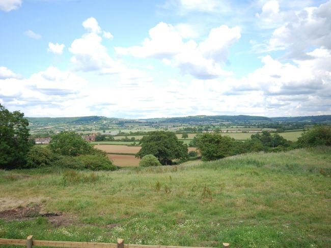 Seating area with panoramic views over the Cotswold Hills - EARBA - Tortworth - rentals