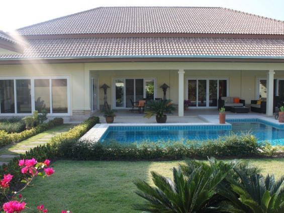 Villas for rent in Hua Hin: V6012 - Image 1 - Hua Hin - rentals