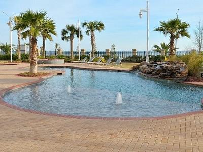 Sparking inviting outdoor pool w/ Beach Views - Beach Front Biloxi Huge 3BR/3Bth Golfers Paradise - Biloxi - rentals