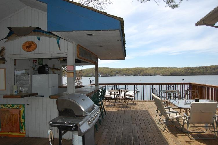 Smugglers Den great place to grill - FREE Cleaning! GOLF-Shop-Large Groups@ISLAND 1&2! - Lake Ozark - rentals