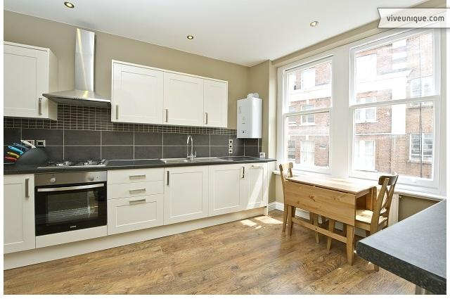Kensington Mall, 2 bed, great location in Notting Hill - Image 1 - London - rentals