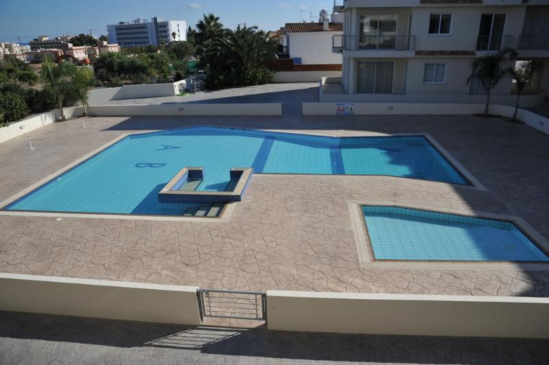 Epigaea Suite - Communal Pool - Epigaea Suite Apartment, Perne - Famagusta - rentals