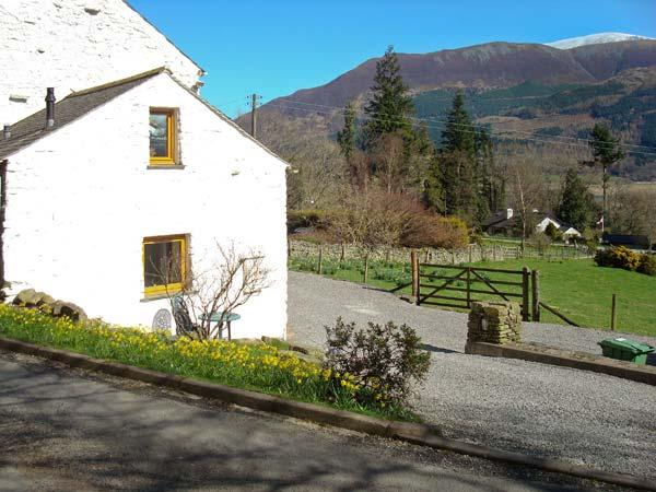 WREN'S NEST, barn conversion near Keswick, patio, stunning views, in Thornthwaite, Ref 18408 - Image 1 - Keswick - rentals