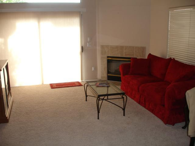 Living Room - Scottsdale Townhome Centrally Located - Scottsdale - rentals
