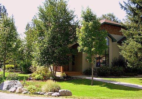 Front view - The Essence of Whitefish; Check Holiday Specials - Whitefish - rentals