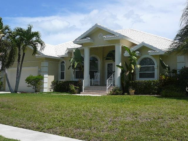 Front of the house - Luxury & Elegant 3/2 Marco Island Home - SPIN451 - Marco Island - rentals