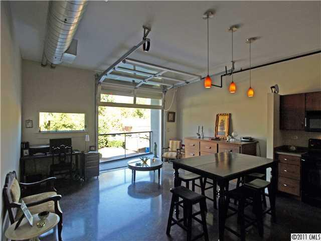 Open Living/Dining area and balcony - LOFT in PLAZA MIDWOOD-Affordable Urban Flat - Charlotte - rentals