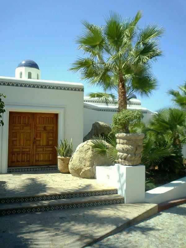 Stunning Cabo San Lucas Villa Steps From the Beach - Image 1 - Cabo San Lucas - rentals