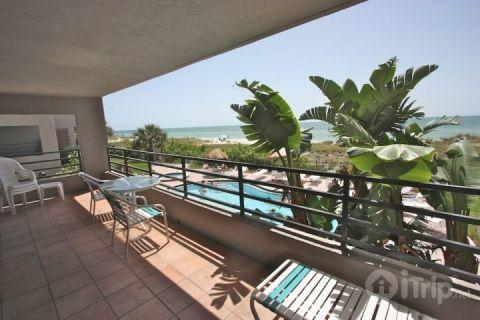 102 Pier House - Image 1 - Indian Rocks Beach - rentals