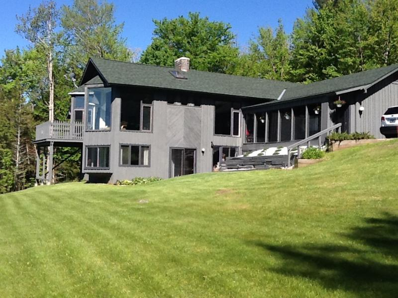Large Contemporary 5 Bedroom 3 Bath Killington Hou - Image 1 - Mendon - rentals
