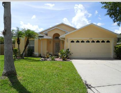 Lake views, 3 beds, 2 bath, with Spa  (Ref: 33986) - Image 1 - Kissimmee - rentals