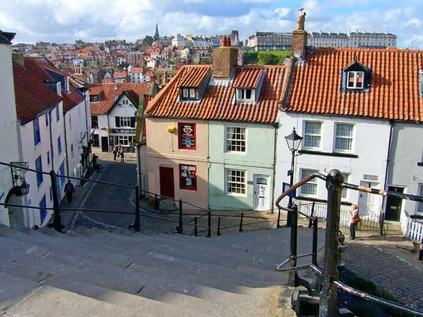 CHURCH COTTAGE, character cottage, central location, close to amenities, in Whitby, Ref 17142 - Image 1 - Whitby - rentals