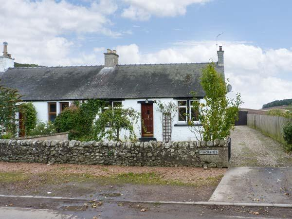 FINCRAIG'S FARM COTTAGE, all ground floor cottage,  with off road parking, and garden, in Newport-on-Tay, Ref 17745 - Image 1 - Newport-on-Tay - rentals