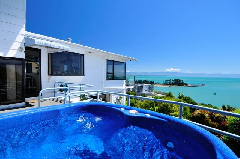 Ocean Dreaming- 4 bedrooms and MAGICAL VIEWS... - Image 1 - Nelson - rentals