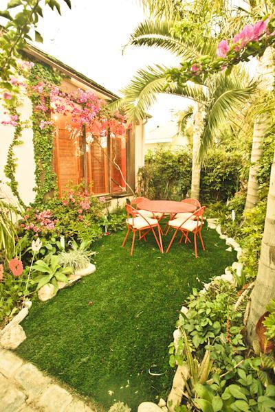Front garden and front of house  - Awesome Venice Beach House - Venice Beach - rentals