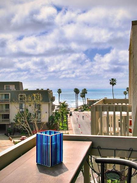 View of water fromour downstairs balcony - 3br/2ba  Complex on beach $200 nightly 3 night min - Oceanside - rentals