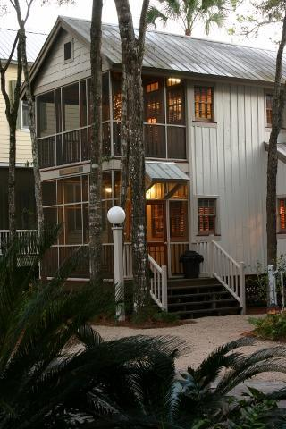 Two story one-bedroom - One bedroom cottage at Landing Resort - Steinhatchee - rentals
