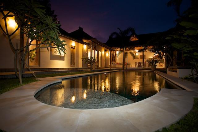 Homey Villa Anais - Charming Traditional Bali Villa Anais 3BR in the heart of Seminyak, poolfence available - Seminyak - rentals