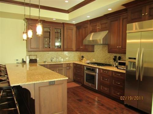 Gourmet Kitchen with Granite Countertops, Stainless Steel Appliances and Breakfast Bar. - Suite 15 in Vail Village - Vail - rentals