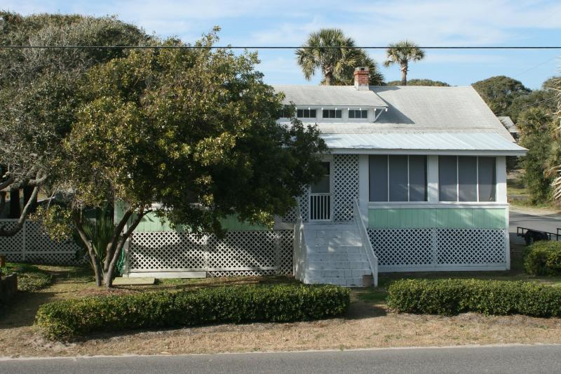 Classic cottage - Classic Coastal Cottage - Folly Beach - rentals