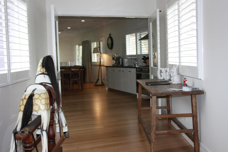 Looking from Hall into kitchen area - Luxury, s/c  4.5 star  Farm Stay at Eurobin, near BRIGHT Victoria - Eurobin - rentals