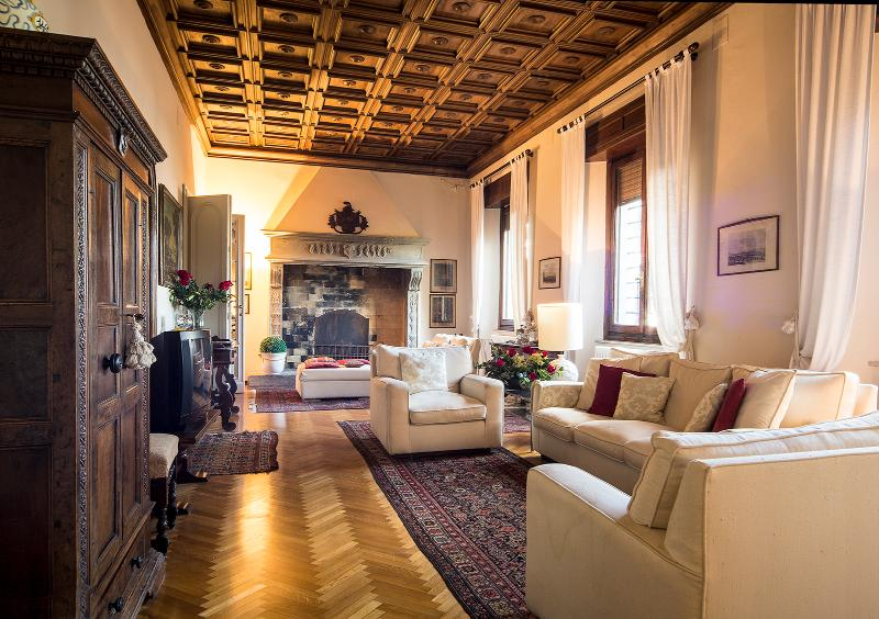 Stunning living area - Tuscany luxury 5 bedroom villa - Arezzo - rentals