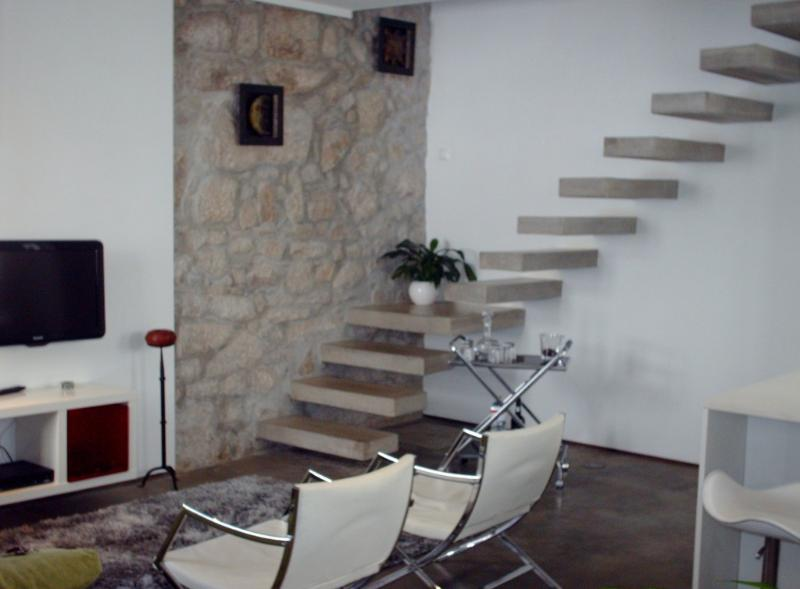 Apartment in Oporto 25 - managed by travelingtolisbon - Image 1 - Porto - rentals
