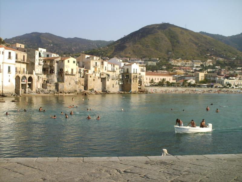 Apartments 15&25m to sea & view; in Cefalù, Sicily - Image 1 - Cefalu - rentals