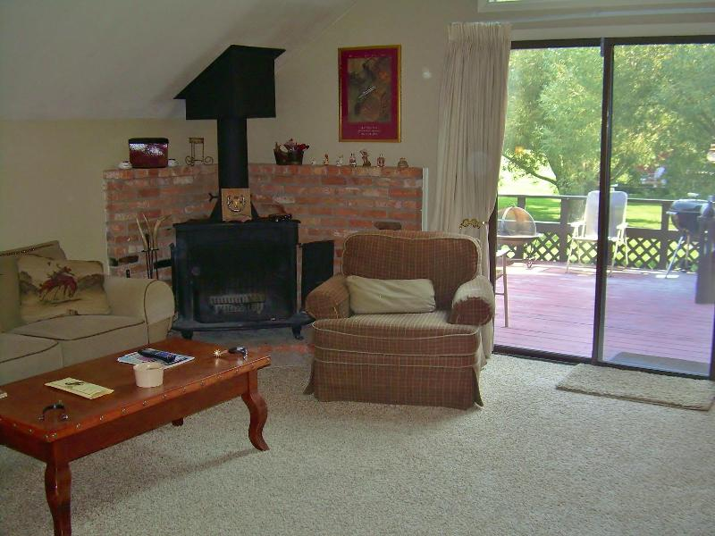 Lovely & Loaded 3 Bedroom Townhome in Town of JH! - Image 1 - Jackson - rentals