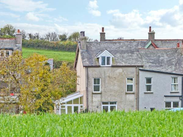 RAILWAY COTTAGE, beautiful river views, off road parking, garden, in Cartmel, Ref 15804 - Image 1 - Cartmel - rentals