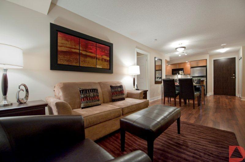 Living and Dining Room - Delsuites Short Term Rentals Markham - Circa - Markham - rentals