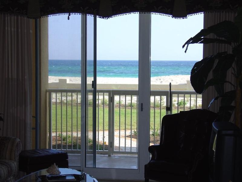 Emerald Coast right out your window. - Azure - 4-BR, 3-BA Beachfront Ground floor Beauty - Fort Walton Beach - rentals